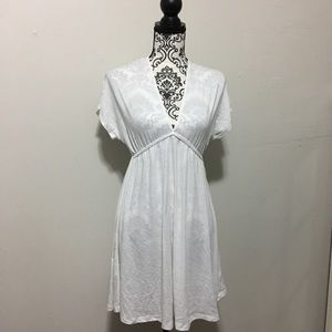 White Mossimo cover up